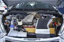 140423_peugeot_engine.JPG